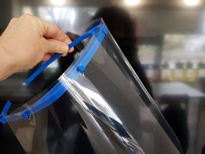 Donació de viseres de protecció fetes amb impressió 3D. Agraiment.